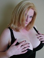 Terry Nova Rubmyboobs - free big tits
